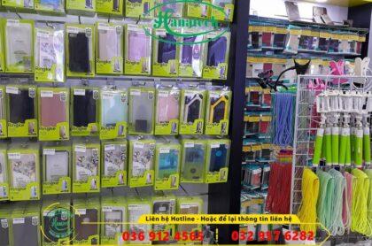 Kệ trưng bày phụ kiện điện thoại