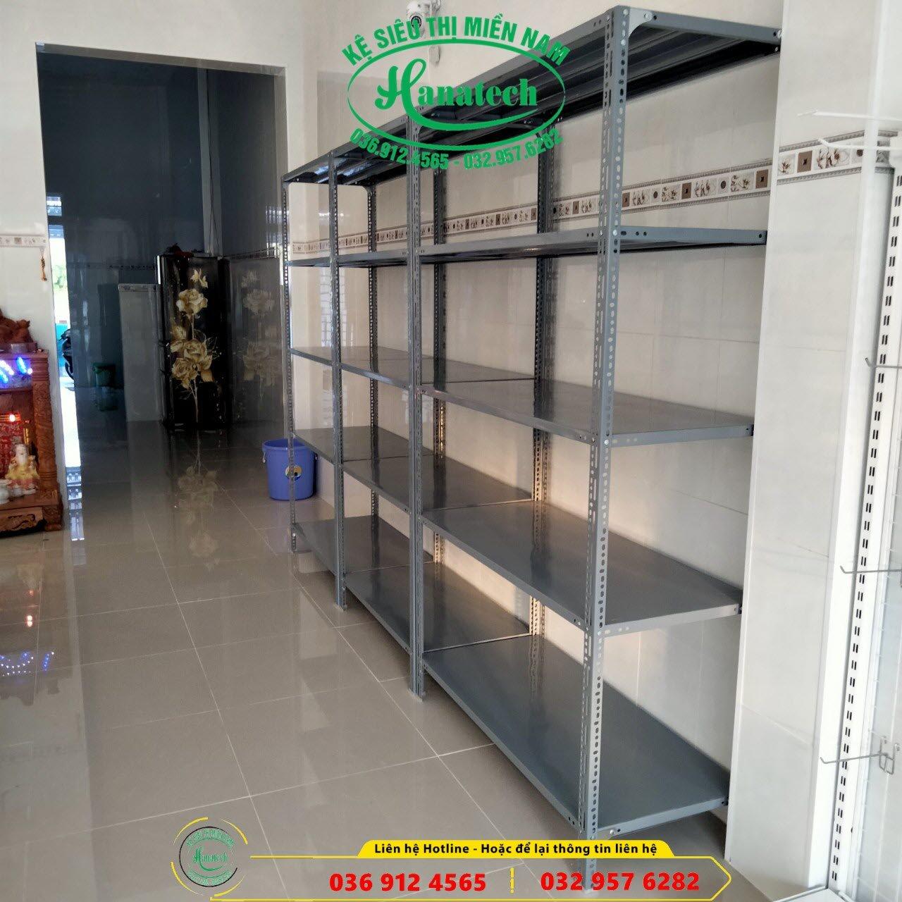 Kệ sắt V lỗ tại Lâm Đồng