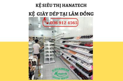 Kệ trưng bày giày dép tại Lâm Đồng