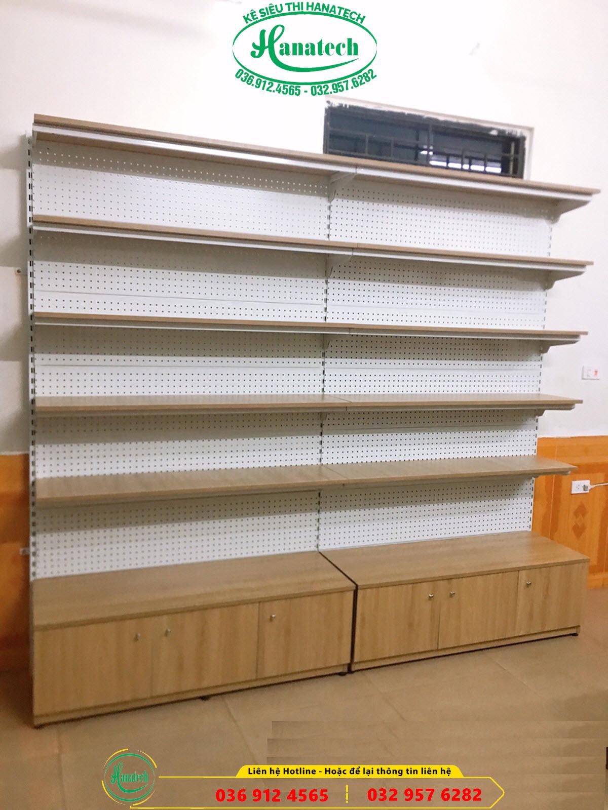 kệ gỗ siêu thị trưng bày sản phẩm