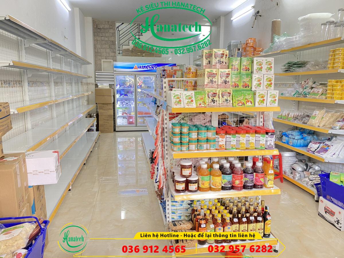 Lắp đặt kệ siêu thị cho chuỗi cửa hàng và dự án
